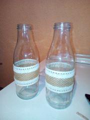 Milchglasflaschen