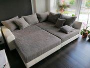Gemütliche Couch inkl Kissen