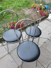 3 stabile Stühle zvk