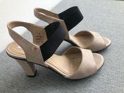 Geox Sandalen Sommerschuhe beige grau