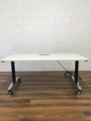 Schreibtisch von VS