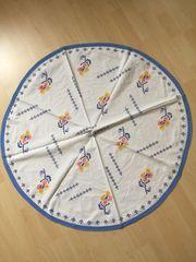 Handbestickte Vintage Tischdecken