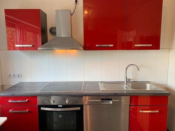 Hochglanz Küche Rot Grau in Langenfeld - Küchenzeilen ...