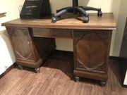 Schreibtisch aus Massivholz dunkel