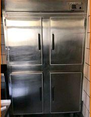 Gastro Gewerbekühlschrank aus Edelstahl