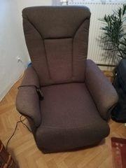 Sessel mit Aufstehhilfe
