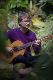 Gitarrenunterricht bei Ihnen zuhause