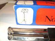DI-Box mehrere Gitarrenstative Mikrofonstative Notenständer
