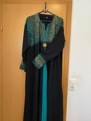Wunderschönes Kleid aus Mekka