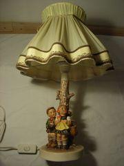 Tischlampe Goebel mit Hummelfiguren Brüderlein