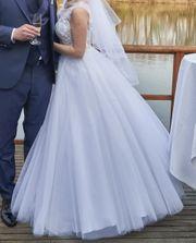 Sehr schönes Brautkleid - Hochzeitskleid Spitze