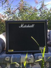 Marshall Gitarren Box