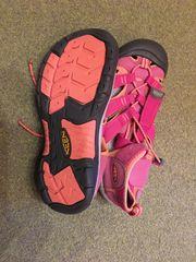 Neuwertige rosa Aqua-Schuhe Gr 37