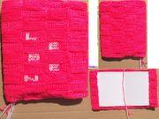 Buchhülle rosa mit Lesezeichen