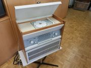 Altes Röhrenradio Braun Atelier 1-81