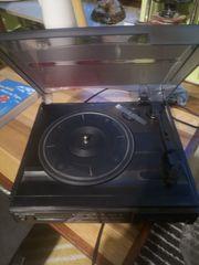 Gebrauchten Plattenspieler mit Radio funktionsfähig