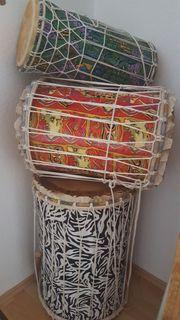 3-teiliger Trommelsatz afrikanisch