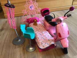 Puppen - Barbie-Puppen mit Zubehör
