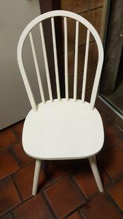 8 weiße Holzstühle Gastronomie Bistro