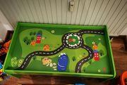 Spieltisch Auto Eisenbahn grün