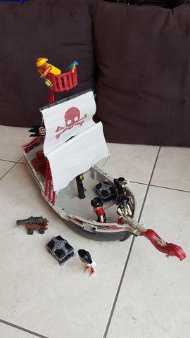 Spielzeug: Lego, Playmobil - Playmobil Piratenschiff