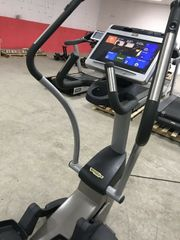 Technogym Synchro Excite 700 LED  ...Top Zustand. Ausdauertraining Fitness & Jogging