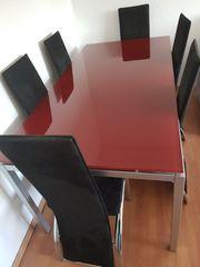 Marken Tisch mit Stühlen