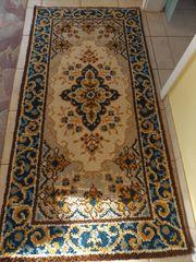 handgeknüpfter Teppich aus Smyrna Wolle