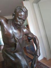 Schmied aus Bronze Skulptur