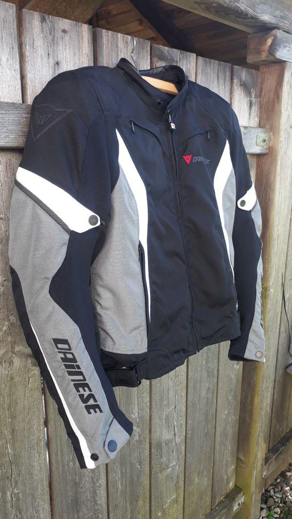 Dainese Sport Jacke mit Protektoren