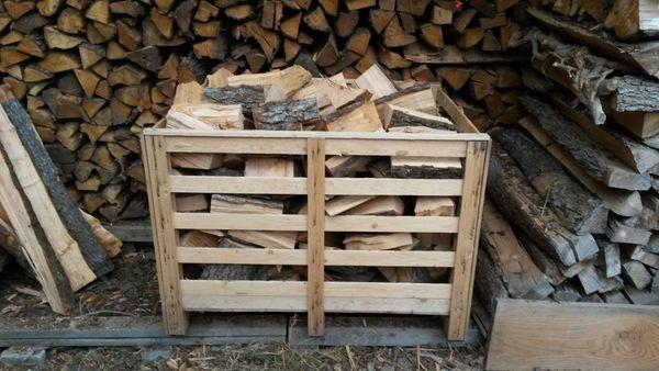 Vorgelagertes Buchen Brennholz zu verkaufen