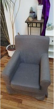 Sessel und Fußhocker von IKEA