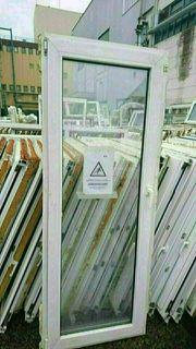 Mehrere Balkontüren 80 bis 110