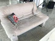 2-Sitzer-Sofa zu verschenken
