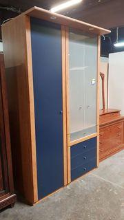 Kleiderschrank mit Schubladen 140 x
