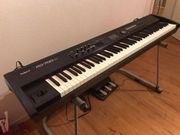Stage Piano RD-700NX Neuwertig