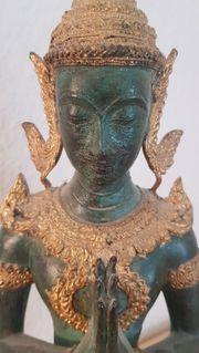 Tempelwächter Thepanom Buddha Thailand massiv