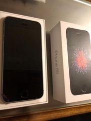 IPhone SE 64 GB - spacegrau