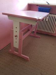 Höhen- Neigungsverstellbarer Schreibtisch