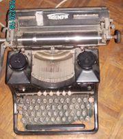 Triumph Schreibmaschine Standard 12