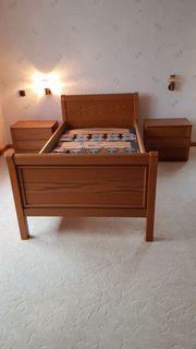 Schlafzimmer Eiche Kleiderschrank-Wäschekommode-Bettgestelle-Nachtschränke-Spiegel