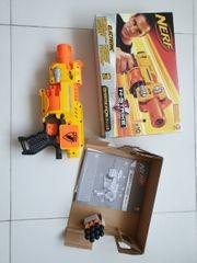 NERF Pistole BARRICADE RV-10