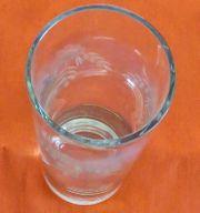 Vase aus Glas mit feinem