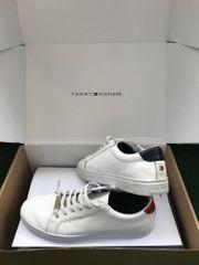 Tommy Hilfiger Trend-Sneaker weiß Originalverpackung