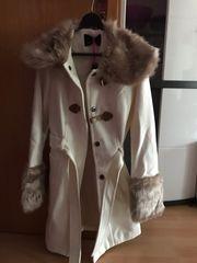 Weißer Mantel von Melrose Größe