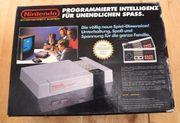 Nindendo NES mit 2 Controller