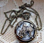 WOLF Quarz-Taschenuhr Wolf-Motiv mit Uhr-Kette ungetragen