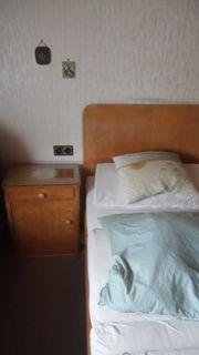 65 Jahre altes Schlafzimmer zu
