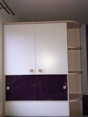 Jugendzimmer mit begehbarem Kleiderschrank Kofjenbett
