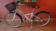 Mädchen Jugend Fahrrad